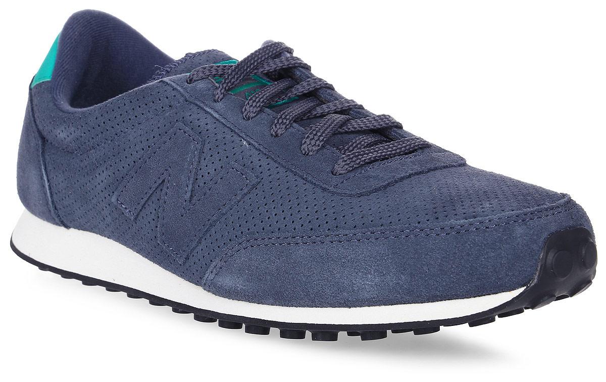 Кроссовки мужские New Balance 410, цвет: синий. U410PB/D. Размер 10,5 (44,5)U410PB/DСтильные мужские кроссовки от New Balance придутся вам по душе. Верх модели выполнен из полиэстера и натуральной замши, и дополнен перфорацией. По бокам обувь оформлена декоративными элементами в виде фирменного логотипа бренда, на язычке - фирменной нашивкой, задник логотипом бренда. Классическая шнуровка надежно зафиксирует изделие на ноге. Подкладка и стелька, изготовленные из текстиля, гарантируют уют и предотвращают натирание. Подошва оснащена рифлением для лучшей сцепки с поверхностями. Удобные кроссовки займут достойное место среди коллекции вашей обуви.