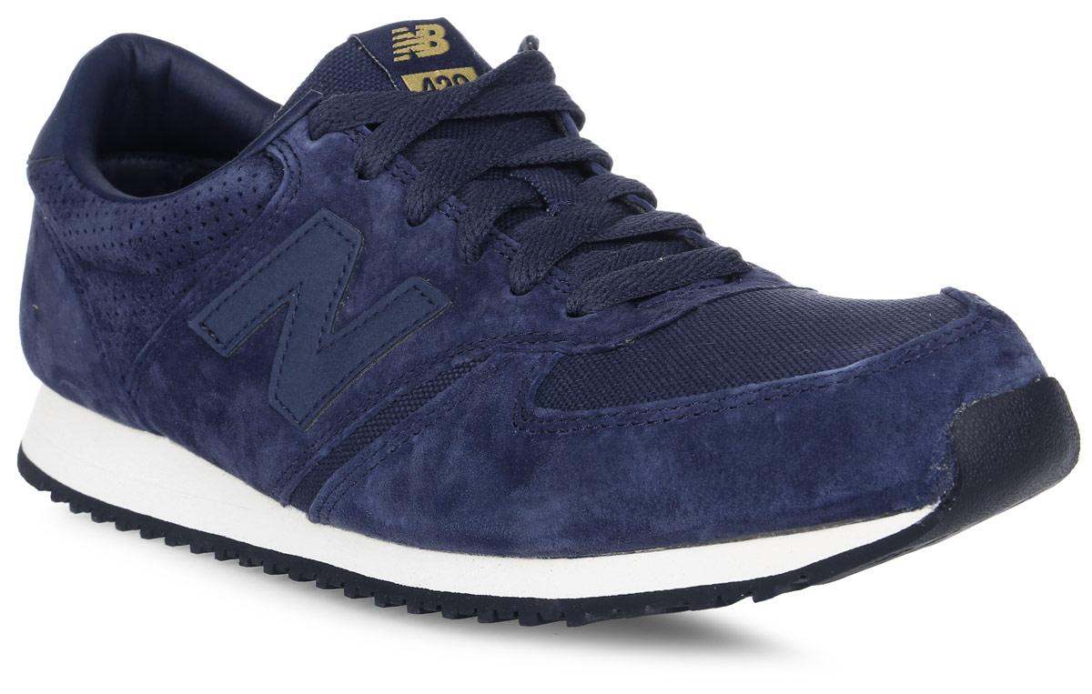 Кроссовки мужские New Balance 420, цвет: синий. U420PNV/D. Размер 9 (42,5)U420PNV/DСтильные мужские кроссовки от New Balance придутся вам по душе. Верх модели выполнен из высококачественныхматериалов. По бокам обувь оформлена декоративными элементами в виде фирменного логотипа бренда, на язычке - фирменной нашивкой, задник логотипом бренда. Классическая шнуровка надежно зафиксирует изделие на ноге. Подкладка и стелька, изготовленные из текстиля, гарантируют уют и предотвращают натирание. Подошва оснащена рифлением для лучшей сцепки с поверхностями. Удобные кроссовки займут достойное место среди коллекции вашей обуви.