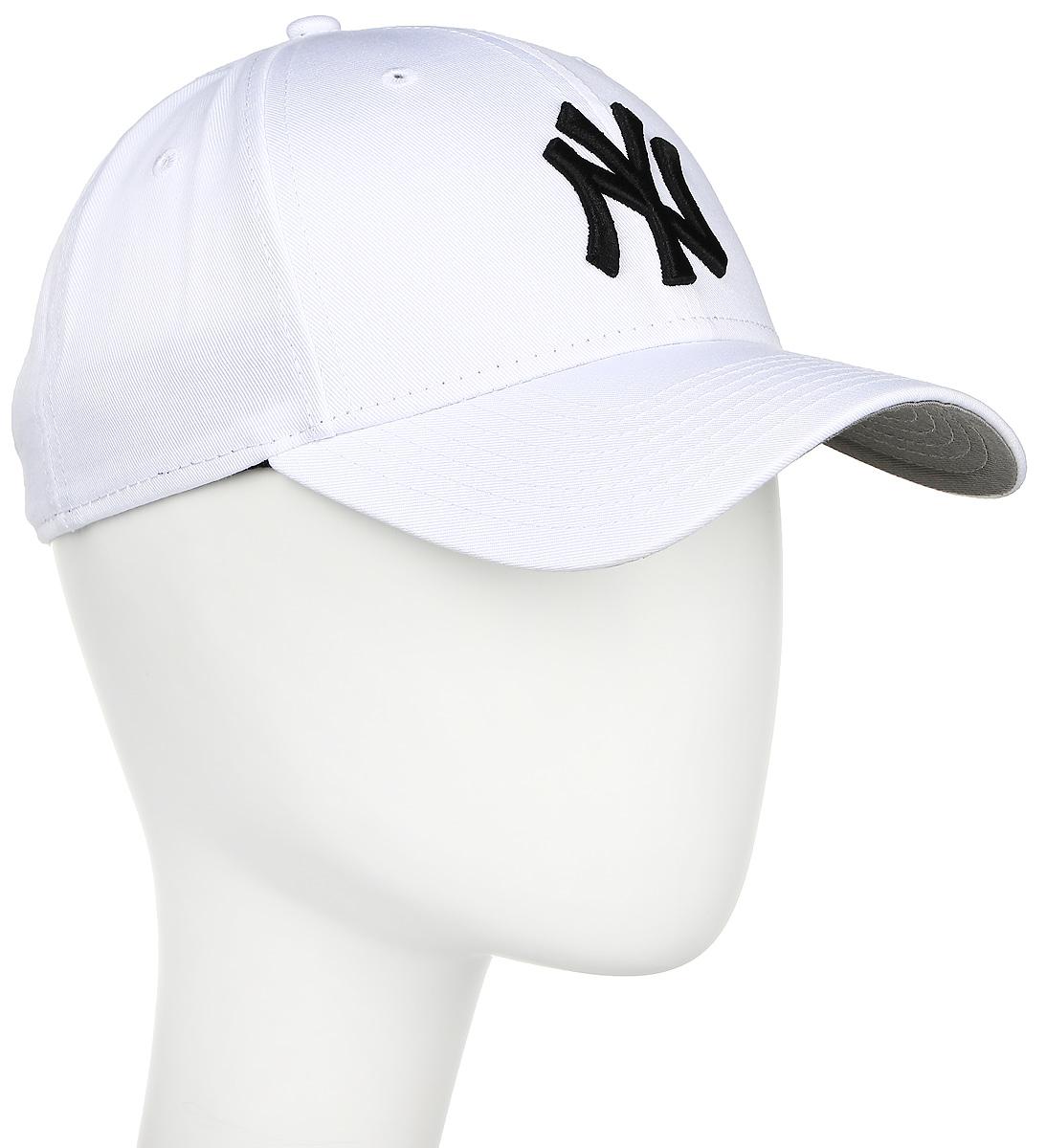 Бейсболка New Era Mlb New York Yankees, цвет: белый. 11277613-WHIBLK. Размер универсальный11277613-WHIBLKСтильная бейсболка New Era, выполненная из высококачественного материала, идеально подойдет для прогулок, занятий спортом и отдыха.Изделие оформлено объемным вышитым логотипом знаменитой бейсбольной команды New York Yankees и логотипом бренда New Era.Бейсболка надежно защитит вас от солнца и ветра. Эта модель станет отличным аксессуаром и дополнит ваш повседневный образ.