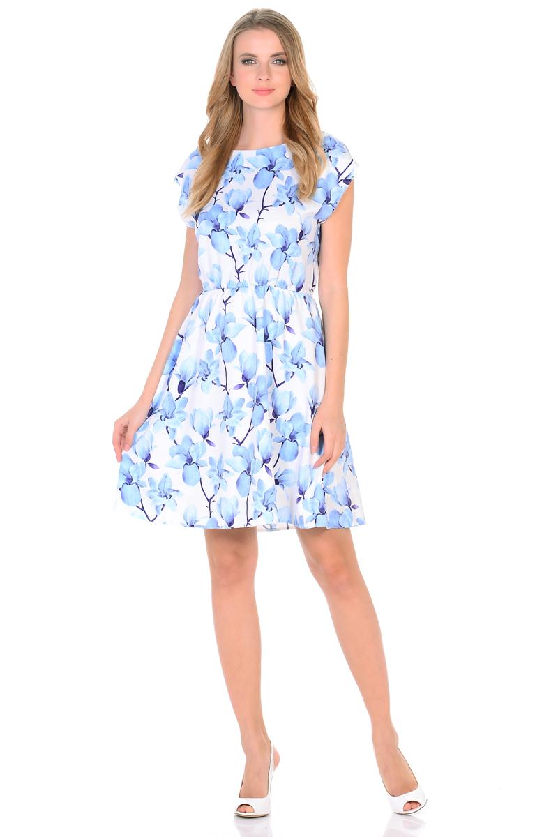 Платье HomeLike, цвет: белый, голубой. 739. Размер 44739Мини-платье от HomeLike Орхидея легкое и воздушное, с короткими цельнокроенными рукавами и округлым вырезом горловины. Женственный силуэт присобран по талии на мягкую резиночку и создает струящиеся складочки, имеющийся подъюбник выполняет эстетическую и практичную функцию, помогает сохранять красивую форму. Особое очарование платью придает объемный принт орхидеи, нежные цветы создают весеннее настроение, привлекают внимание, делая образ неповторимым и запоминающимся.