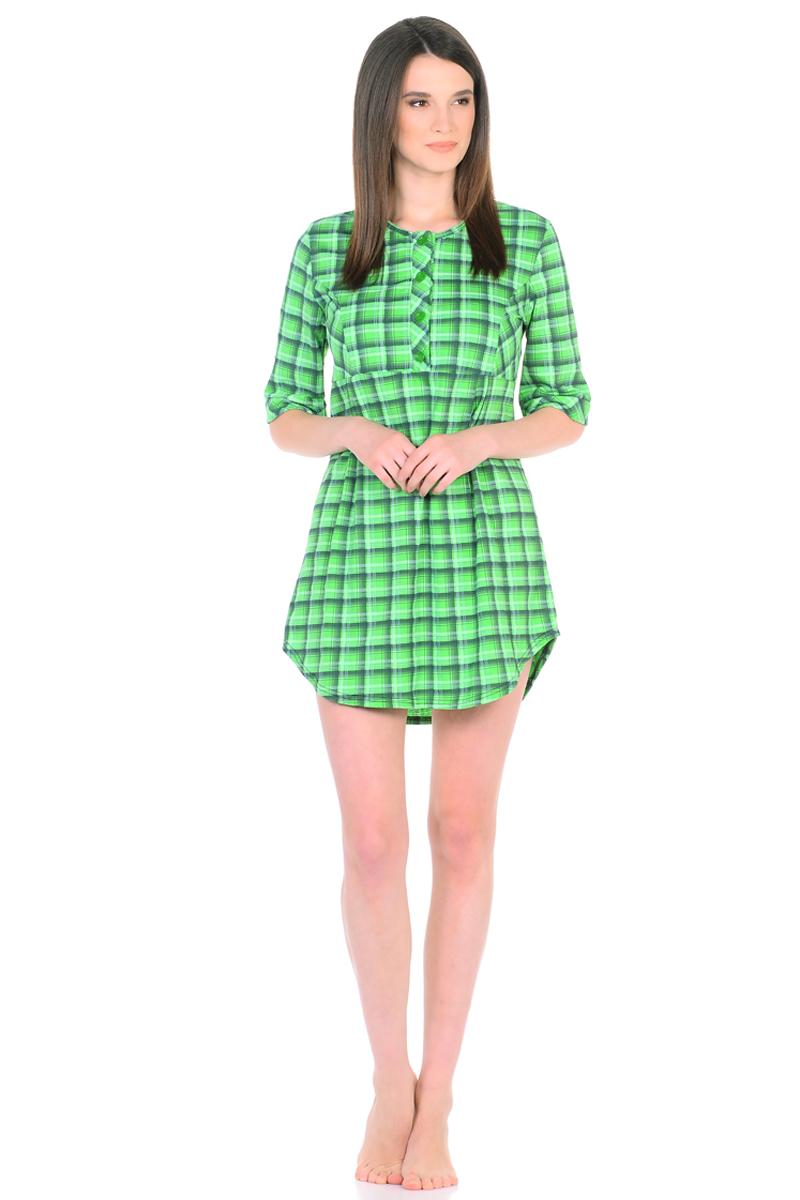 Платье домашнее HomeLike, цвет: зеленый. 762. Размер 46762Домашнее платье HomeLike свободного силуэта от кокетки и срукавами 3/4 выполнено из трикотажа в клетку. Фигурный низ придает изделию изящную форму, подчеркивает стройность ног. Рисунок в клетку всегда в моде, к тому же он способен корректировать силуэт тем, кто в этом нуждается. Округлый вырез горловины с планкой на пуговицах создает удобство при одевании и дополняет современный дизайн. Платье отлично садится по фигуре, не сковывает движений, создает ощущения легкости и комфорта.