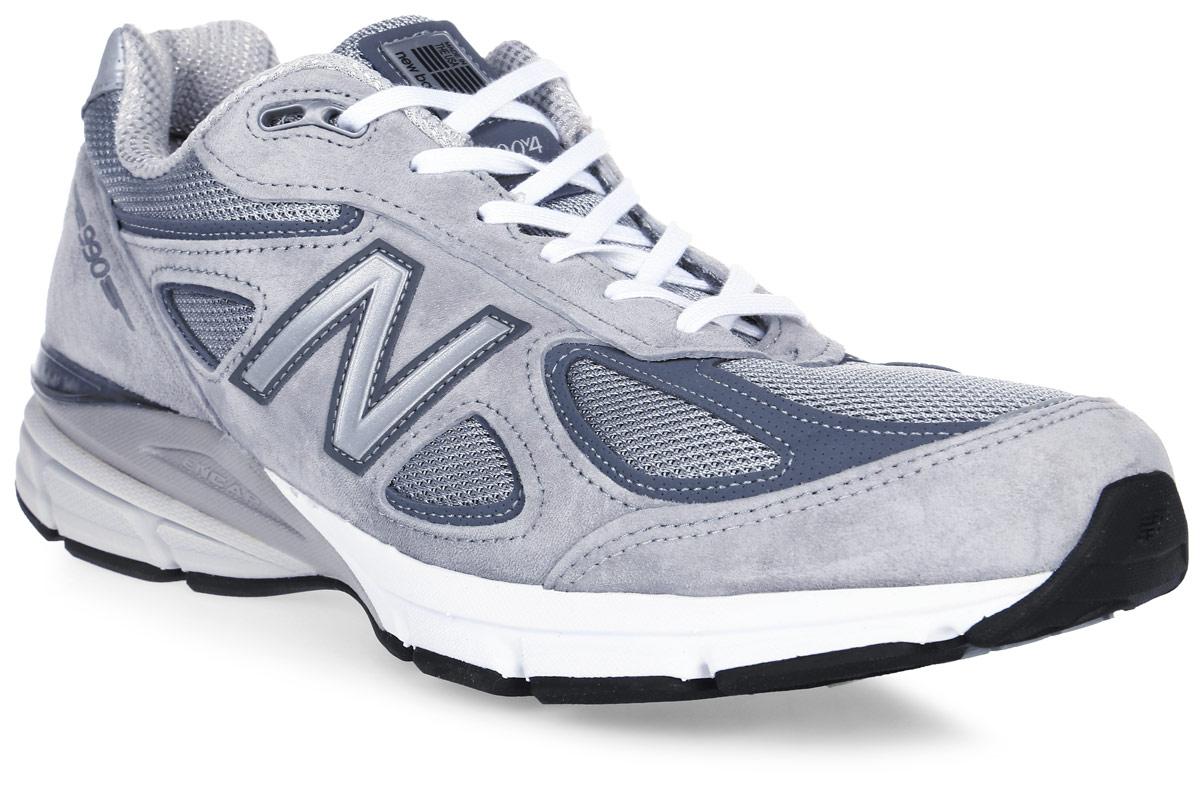 Кроссовки мужские New Balance 990, цвет: серый. M990GL4/D. Размер 8,5 (42)M990GL4/DСтильные мужские кроссовки от New Balance придутся вам по душе. Верх модели выполнен из высококачественныхматериалов. По бокам обувь оформлена, декоративными элементами в виде фирменного логотипа бренда, на язычке - фирменной нашивкой, задник логотипом бренда. Классическая шнуровка надежно зафиксирует изделие на ноге. Мягкая верхняя часть и стелька, изготовленные из текстиля, гарантируют уют и предотвращают натирание. Подошва оснащена рифлением для лучшей сцепки с поверхностями. Удобные кроссовки займут достойное место среди коллекции вашей обуви.