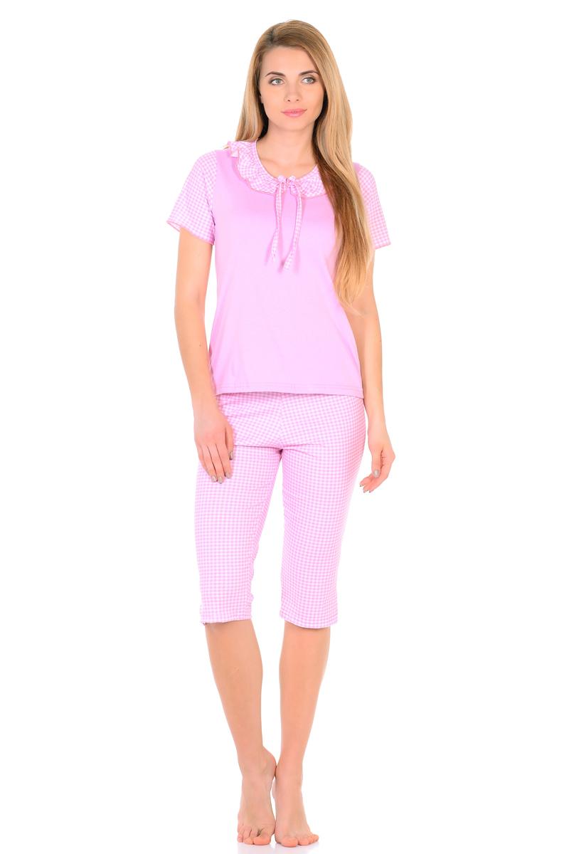Домашний комплект женский HomeLike: футболка, бриджи, цвет: розовый, белый. 824. Размер 58824Трикотажный комплект домашней одежды HomeLike, состоящий из футболки и бридж, выполнен из кулирки в приятной расцветке. Футболка прямого покроя, с короткими принтованными рукавами, округлый вырез горловины оформлен воротником оборкой с декоративным бантиком. Такой дизайн смотрится невероятно мило и нежно. В паре с симпатичными бриджами данный комплект придаст вашему образу кукольную романтичность, обеспечит комфорт во время сна и отдыха.