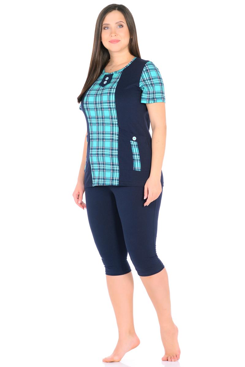 Домашний комплект женский HomeLike: футболка, бриджи, цвет: темно-синий, зеленый. 878. Размер 48878Комплект домашней одежды HomeLike, состоящий из футболки и бридж, выполнен из трикотажного полотна. Футболка прямого покроя в комбинированной расцветке, с короткими рукавами, с округлым вырезом горловины, в рельефах практичные накладные карманы с декором пуговицами, вырез оформлен декоративной планкой с двумя пуговицами. Бриджи прямого покроя, ниже колена, с поясом на резинке. Сочетая комфортные характеристики в носке и современный дизайн, данный комплект удобен в качестве одежды для дома и дачи, а так же подойдет и для летних прогулок или отдыха на природе.