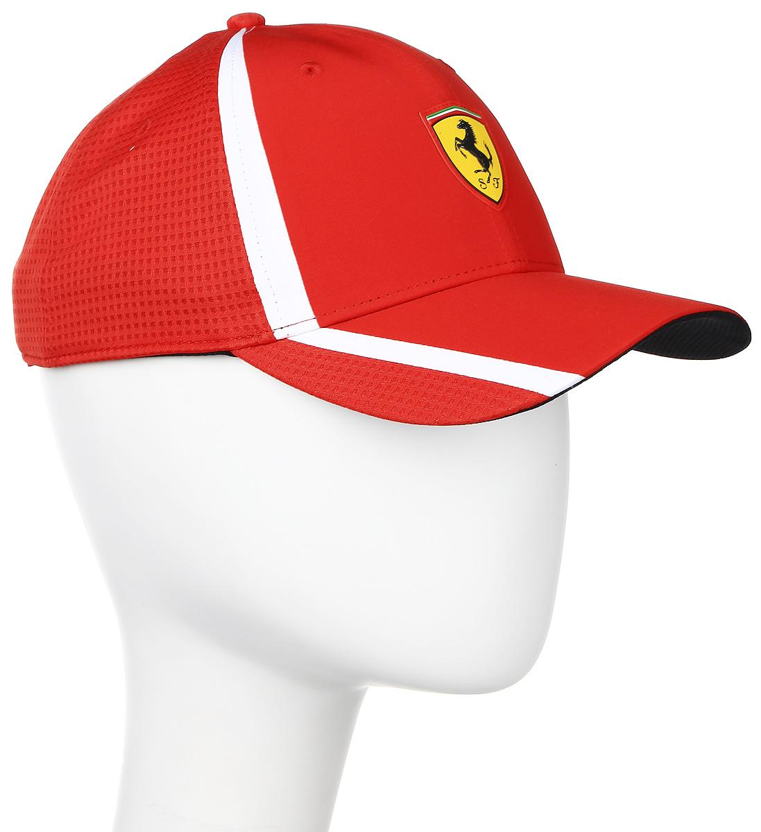 Бейсболка Puma Ferrari Fanwear redline cap, цвет: красный. 021202_01. Размер универсальный021202_01Бейсболка Ferrari Fanwear redline cap с двухслойным изогнутым козырьком отлично защитит от солнца и обеспечит максимальный комфорт благодаря микрофибре, способной пропускать воздух. Отрегулировать размер изделия можно с помощью тканевого ремешка на задней части изделия. Вентиляция обеспечивается специальными вышитыми люверсами на всей поверхности бейсболки и сетчатыми боковыми вставками. Влаговпитывающая тесьма с сетчатой вставкой обеспечивает больший комфорт. На внутренней части козырька также имеется сетчатая вставка. Бейсболка декорирована гербом Ferrari спереди и логотипом Puma сзади.