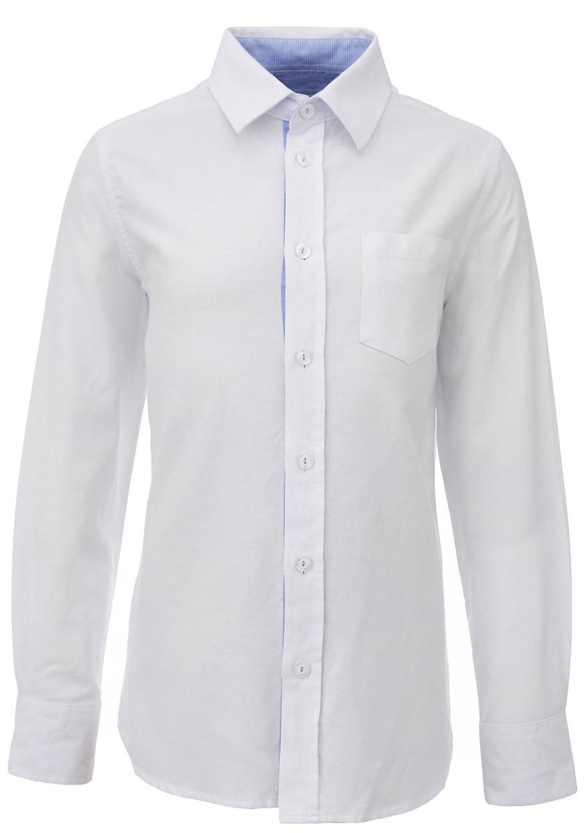 Рубашка для мальчика Gulliver, цвет: белый. 217GSBC2314. Размер 128217GSBC2314Строгая, лаконичная, элегантная рубашка для школы от Gulliverнастроит на серьезный и ответственный подход к делу. Хороший состав, качество и текстура ткани, модный силуэт, актуальная форма воротника делают рубашку отличным решением на каждый день, позволяющим ребенку чувствовать себя уверенно и достойно. Деликатная отделка: контрастная внутренняя планка и стойка, фирменная вышивка на манжете придают модели индивидуальные черты, не нарушая школьного дресс-кода. Купить рубашку стоит вместе с темным или ярким галстуком для создания завершенного образа ученика.