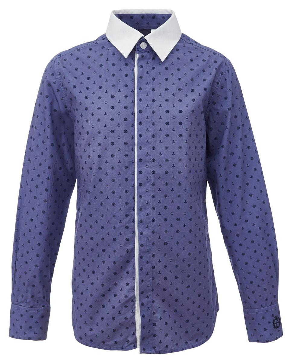 Рубашка для мальчика Gulliver, цвет: синий. 217GSBC2310. Размер 152217GSBC2310При всем богатстве выбора, купить рубашку для мальчика высокого качества не очень просто. Школьная рубашка должна отлично выглядеть, хорошо сидеть, соответствовать актуальной форме, быть всегда свежей, выглаженной и опрятной. Именно поэтому состав, плотность и текстура материала имеет большое значение! Синяя рубашка с мелким рисунком - тренд сезона! Она не нарушает школьный дресс-код, но делает повседневный Look ярче и интереснее, создавая позитивное настроение. Контрастная отделка суппатной планки, белый воротник и деликатная фирменная вышивка на манжете придает модели выразительность и индивидуальность.