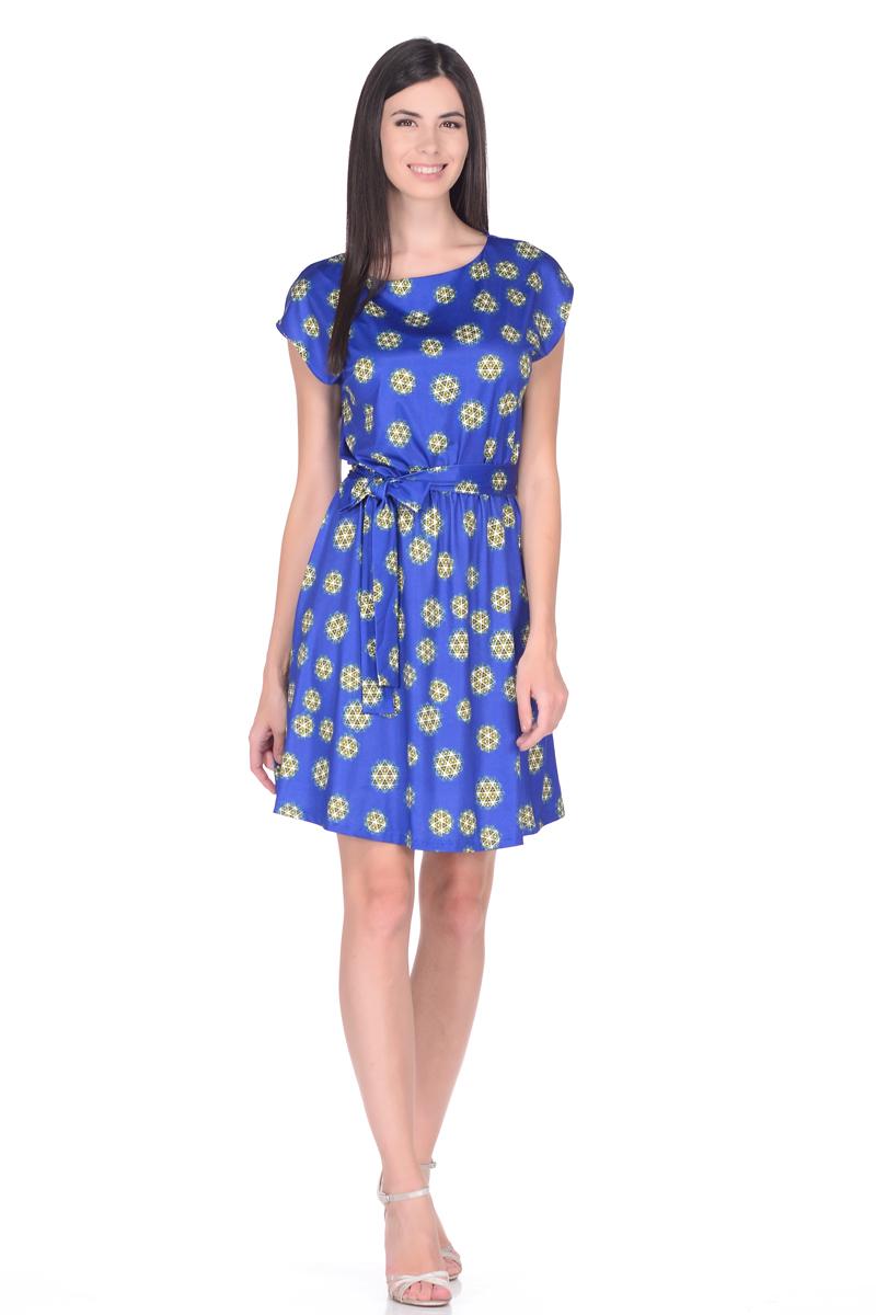 Платье жен EseMos, цвет: синий, зеленый. 102. Размер 46102Легкое платье, изготовленное из струящегося материала в изысканной современной расцветке. Женственный силуэт без рукавов, изящно присобран по талии на мягкую резиночку, образуя красивую драпировку. Талию подчеркивает пояс завязка, придает изюминку, делая образ совершенным. Модель превосходно садится по фигуре, скрывая возможные несовершенства, подчеркивает достоинства, дарит ощущения легкости и комфорта.