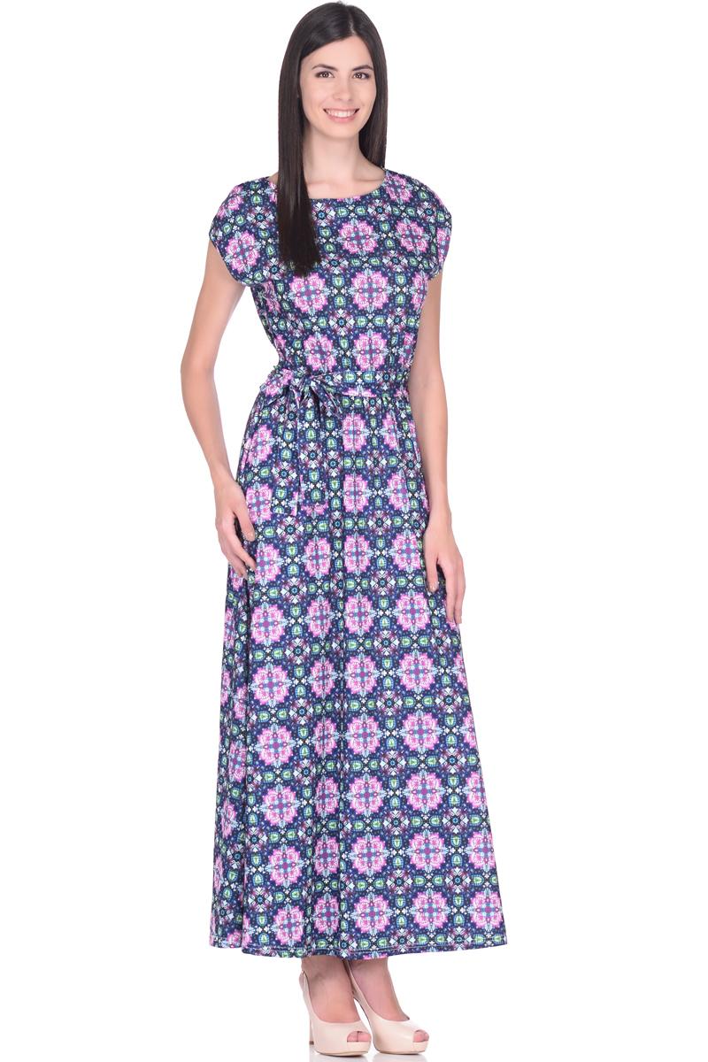 Платье жен EseMos, цвет: черный, зеленый, розовый. 103. Размер 42103Великолепное платье EseMos в пол, изготовленное из струящегося материала масло в изысканной современной расцветке. Женственный силуэт без рукавов, изящно присобран по талии на мягкую резинку, образуя плавные ниспадающие складки по юбке-макси. Талию подчеркивает пояс-завязка, придает свою изюминку, делая образ совершенным. Платье в пол популярно в этом сезоне. Модель превосходно садится, красиво обрисовывая фигуру, визуально корректирует силуэт, делая образ более стройным и привлекательным.