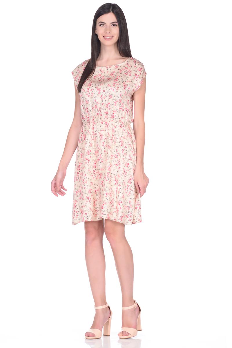 Платье жен EseMos, цвет: светло-бежевый, коралловый. 106. Размер 48106Легкое платье, изготовленное из струящейся ткани в изысканной современной расцветке. Женственный силуэт без рукавов, изящно присобран по талии на мягкую резиночку, образуя красивую драпировку. Спущенная пройма лишь слегка прикрывает плечи. Платье имеет подьюбник, который помогает держать форму, не утяжеляя при этом платье. Модель превосходно садится по фигуре, скрывая возможные несовершенства, подчеркивает достоинства, дарит ощущения легкости и комфорта.