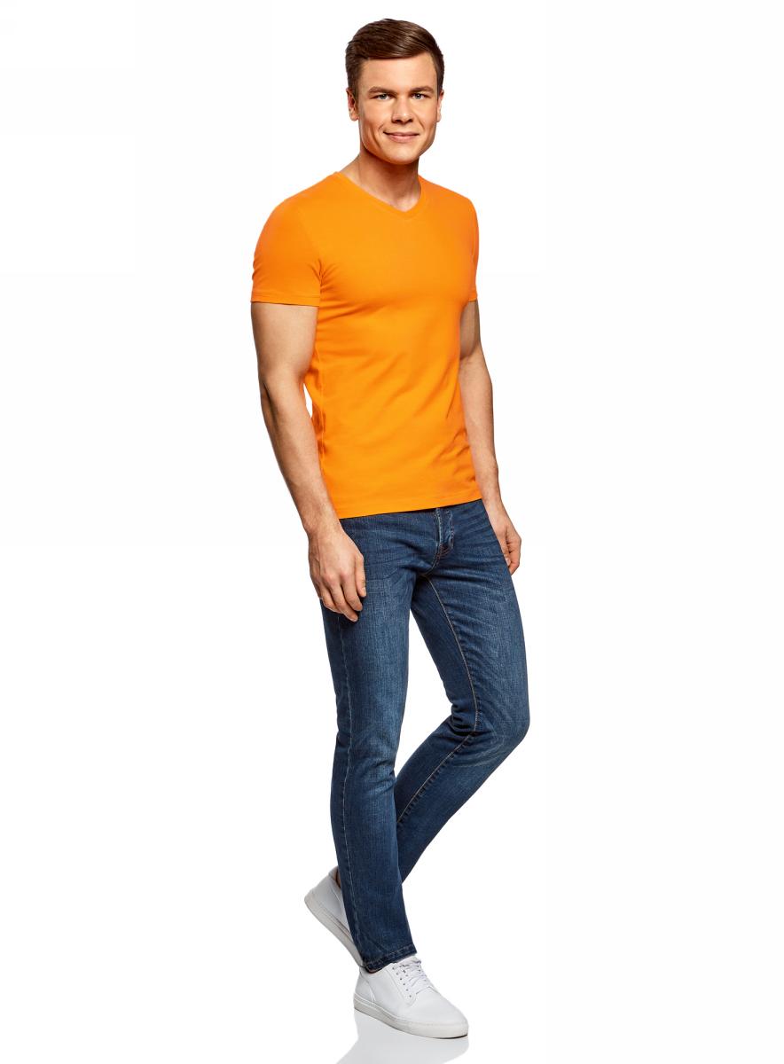 Футболка муж oodji Basic, цвет: оранжевый. 5B612002M/46737N/5500N. Размер XXL (58;60)5B612002M/46737N/5500NБазовая футболка с V-образным вырезом горловины и короткими рукавами выполнена из эластичного хлопка.
