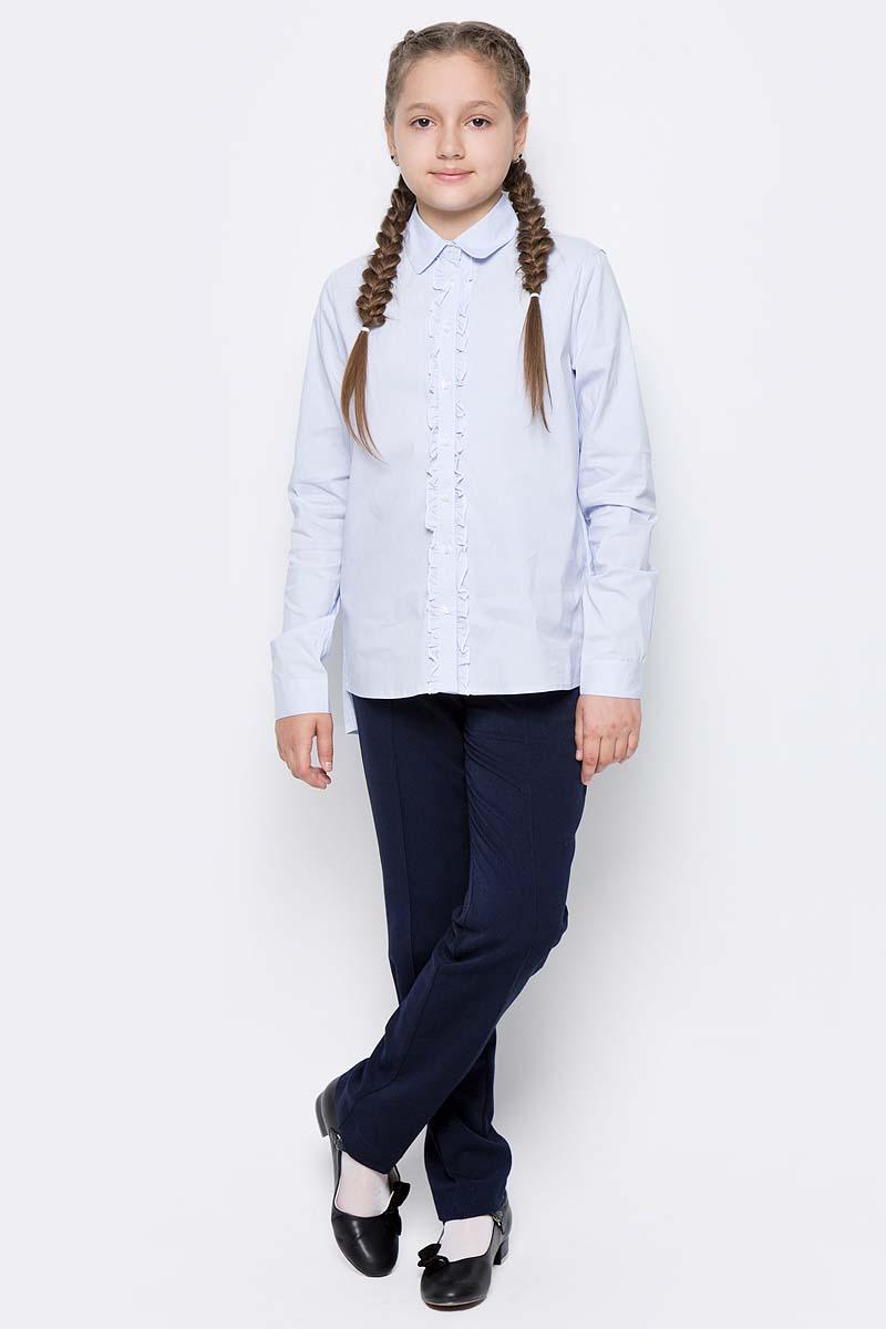 Блузка для девочки Gulliver, цвет: голубой. 217GSGC2209. Размер 128217GSGC2209Если вы хотите купить школьную блузку для девочки, не ограничивайте свой выбор исключительно белыми блузками. Красивые блузки для школы могут быть разными! Блузка в полоску - отличный вариант на каждый день! Строгая, элегантная, интеллигентная полосатая блузка с неброским декором сделает образ ученицы свежим и интересным.