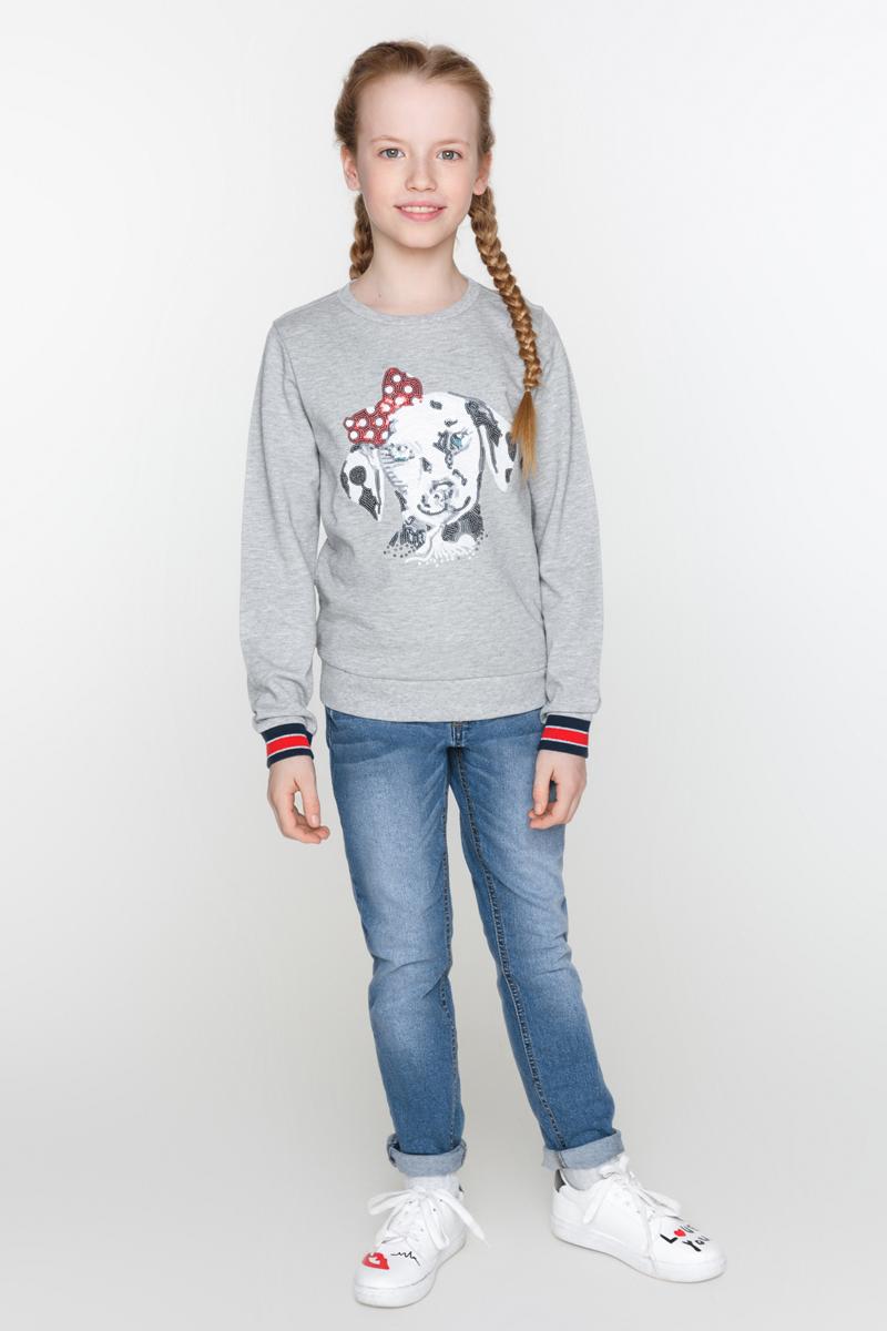 Джинсы для девочек Acoola Queen, цвет: синий. 20210160099_500. Размер 15820210160099_500Зауженные джинсы, декорированные выбеленным эффектом и яркой вышивкой. Модель с пятью карманами, регулируемой резинкой на талии, застежкой на молнию и пуговицу.