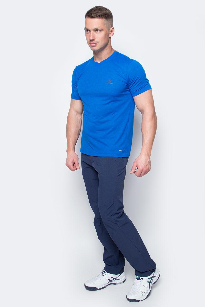 Футболка мужская Salomon Explore Ss Tee, цвет: голубой. L39309200. Размер M (48/50)L39309200Мягкий быстросохнущий полиэстер, из которого изготовлена футболка Salomon, практически не ощущается на теле. Благодаря контрастной вышивке на спине и меланжевой ткани этот предмет гардероба подходит для любого события.