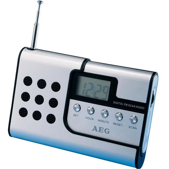 AEG DRR 4107, Aluminium радиоприемникDRR 4107Портативный радиоприемник AEG DRR 4107 с привлекательным алюминиевым дизайном.ДисплейТелескопическая антеннаИндикация времени сутокОтделяемая от корпуса колонкаВозможность крепления на ремнеВысококачественный металлический корпус