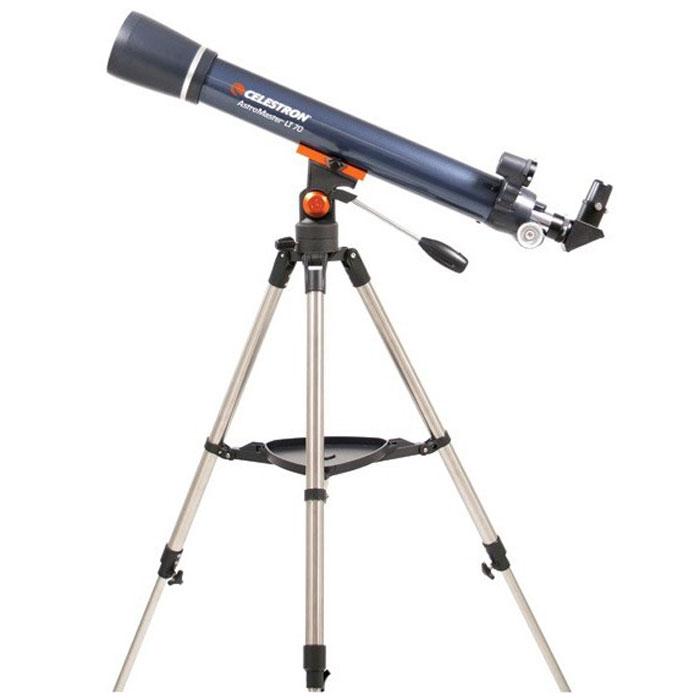 Celestron AstroMaster 70 AZ телескоп-рефракторC21061Телескоп Celestron AstroMaster 70 AZ - это мощный оптический инструмент, обладающий качественной оптикой, надежностью и простотой в эксплуатации. Устройство дает яркие, контрастные изображения тысяч объектов ночного неба, делая занятия астрономией интересными и доступными каждому. Телескоп быстро подготавливается к работе, не требуя инструментов для сборки, и практически не нуждается в техническом обслуживании.Телескопы серии AstroMaster оснащены переработанными искателями StarPointer, упрощающими наведение на цель, быстросъемными приспособлениями типа «ласточкин хвост» для крепления оптической трубы, удобными полочками для аксессуаров и легкими, предварительно собранными стальными треногами. Телескопы имеют ручное управление, позволяющее легко и быстро находить небесные объекты и следить за ними.
