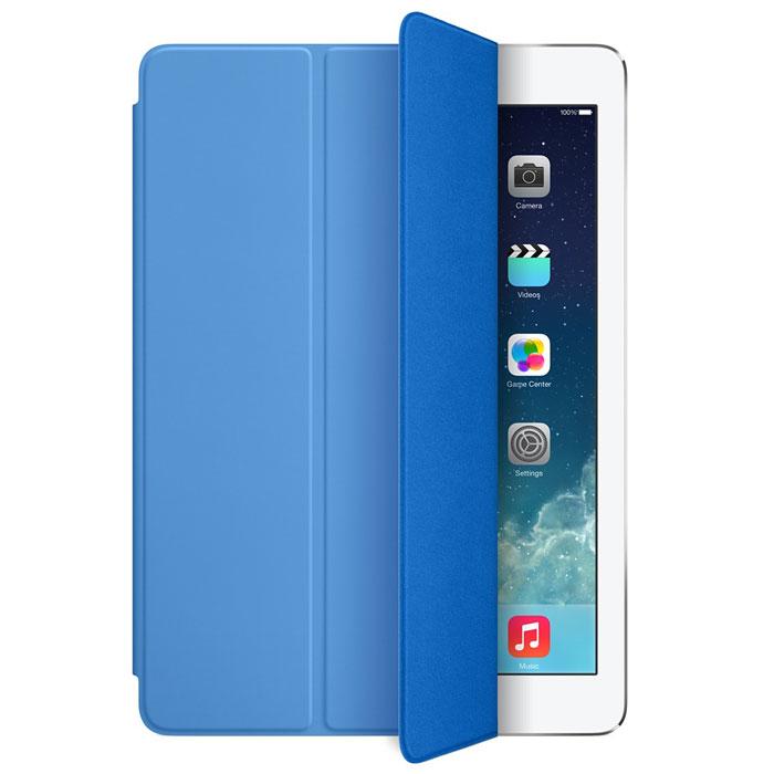 Apple iPad Smart Cover чехол для iPad Air, BlueMF054ZM/AЛёгкая и прочная обложка Apple iPad Smart Cover полностью обновлена, чтобы соответствовать дизайну iPad Air. Она защищает дисплей планшета, не закрывая заднюю часть алюминиевого корпуса. Поэтому Ваш iPad выглядит именно как iPad — только он лучше защищён. Обложка изготовлена из мягкого прочного полиуретана и доступна в шести ярких цветах. А её мягкая подкладка из микрофибры того же цвета помогает поддерживать экран в чистоте. Крепление обложки идеально прилегает к корпусу планшета, а магниты надёжно удерживают её. При открытии чехла-обложки iPad Air автоматически выходит из режима сна, а при закрытии моментально возвращается в режим сна. Обложка Smart Cover может служить подставкой для набора текста. Сложите её, чтобы установить iPad Air с удобным наклоном. Продуманная конструкция обложки Smart Cover также позволяет сложить её и превратить в идеальную подставку для общения в FaceTime и просмотра фильмов.
