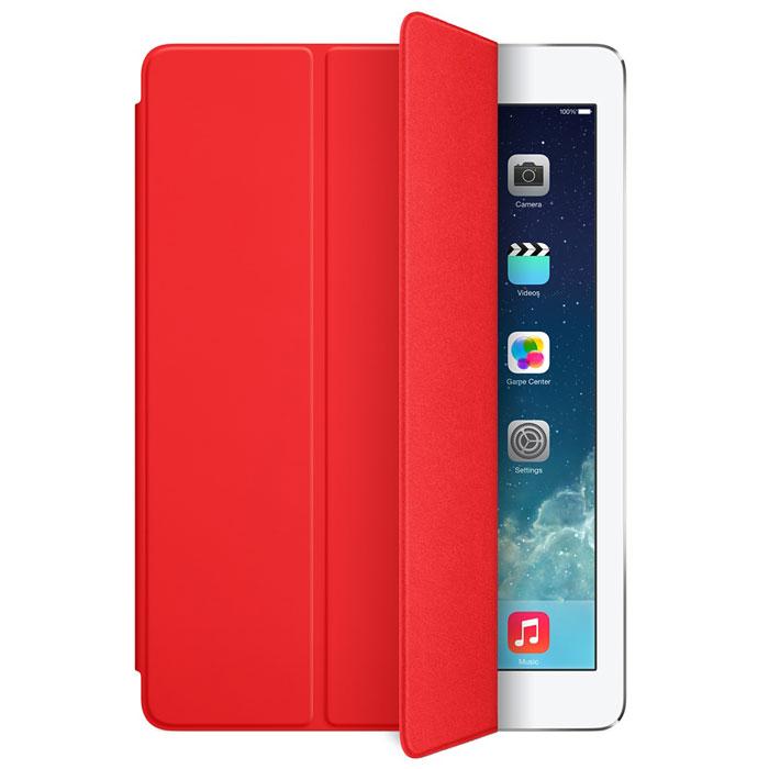 Apple iPad Smart Cover чехол для iPad Air, RedMF058ZM/AЛёгкая и прочная обложка Apple iPad Smart Cover полностью обновлена, чтобы соответствовать дизайну iPad Air. Она защищает дисплей планшета, не закрывая заднюю часть алюминиевого корпуса. Поэтому Ваш iPad выглядит именно как iPad — только он лучше защищён. Обложка изготовлена из мягкого прочного полиуретана и доступна в шести ярких цветах. А её мягкая подкладка из микрофибры того же цвета помогает поддерживать экран в чистоте. Крепление обложки идеально прилегает к корпусу планшета, а магниты надёжно удерживают её. При открытии чехла-обложки iPad Air автоматически выходит из режима сна, а при закрытии моментально возвращается в режим сна. Обложка Smart Cover может служить подставкой для набора текста. Сложите её, чтобы установить iPad Air с удобным наклоном. Продуманная конструкция обложки Smart Cover также позволяет сложить её и превратить в идеальную подставку для общения в FaceTime и просмотра фильмов.