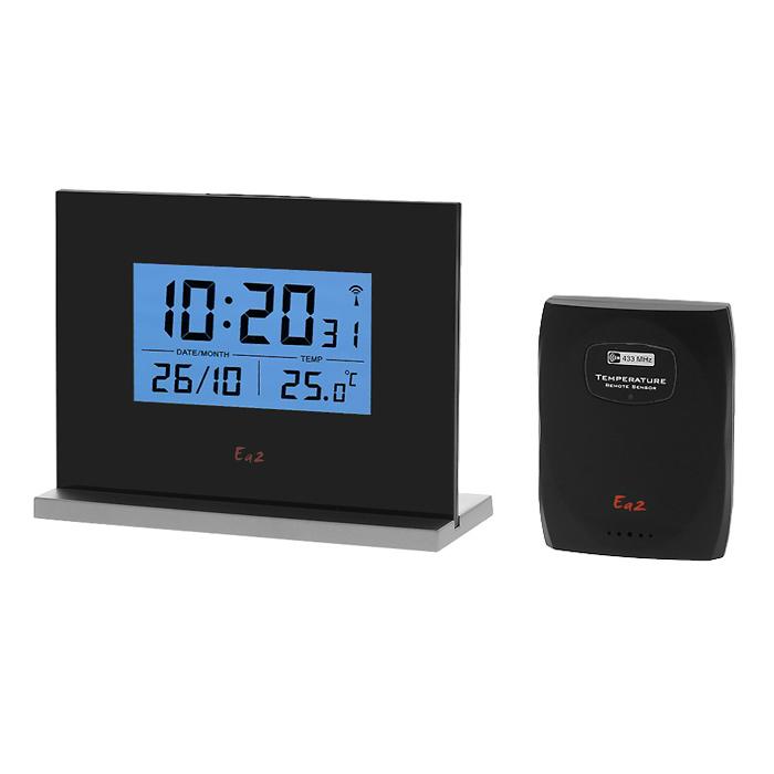 Ea2 EN206 Eternity проекционные часыEN206Ea2 EN206 - компактные проекционные часы с функцией измерения температуры. Устройство работает от трех батареек типоразмера ААА или от сети 220 В через адаптер (батарейки и адаптер в комплект не входят). Выбор типа отображения времени - 12/24 Календарь до 2099 года Выбор единицы измерения температуры °C/°F Память макс/мин температур комнатной и наружной Беспроводной дистанционный датчик Индикатор низкого уровня заряда батарей Крепление на стену или подставка Один дистанционный термодатчик в комплекте Частота радиосигнала - 433 МГц Радиус передачи данных - 30 метров Питание: 3 х ААА или от сети 220 В через адаптер (основной блок), 2 х ААА (датчик)