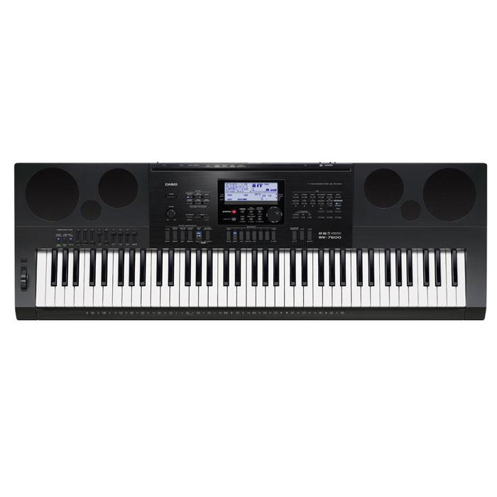Casio WK-7600 синтезаторWK-7600Всем, кто хочет запечатлеть в музыке свои творческие идеи, идеально подойдет WK-7600 - синтезатор профессионального уровня с мощными возможностями для творчества. Паттерн секвенсор, позволяющий как создать собственный стиль с нуля, так и получить его путем смешивания треков встроенных стилей, 17-ти дорожечный песенный секвенсор с большим объемом памяти, редактор тембров с блоком эффектов DSP, 32- канальный микшер, арпеджиатор с большим количеством готовых музыкальных рисунков и рифов, возможность пошаговой записи, вставки и квантизации. Наличие всех этих функций указывает на поистине беспрецедентные возможности данной модели.