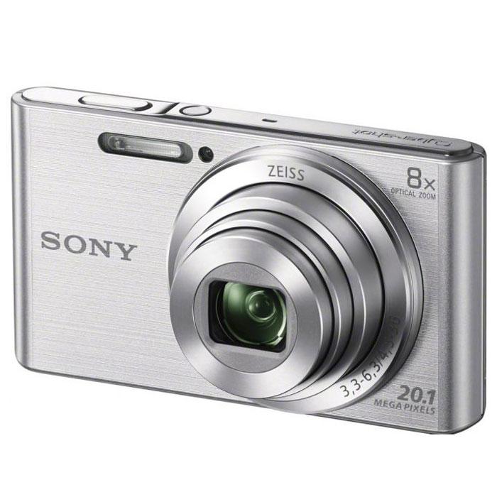 Sony Cyber-shot DSC-W830, Silver цифровой фотоаппаратDSCW830S.RU3Компактная камера Sony Cyber-shot DSC-W830 с 8-кратным оптическим зумом. Делать детализированные фотоснимки и видеоролики в HD качестве теперь стало проще как никогда. Компактная камера W830 оснащена матрицей 20,1 Мпикс, объективом ZEISS c 8-кратным оптическим зумом, быстрым автофокусом и оптическим стабилизатором Optical SteadyShot и при этом она легко помещается в карман. С камерой W830 Cyber-shot вы с легкостью можете запечатлеть красоту каждого мгновения. Матрица 20,1 Мпикс с высоким разрешением и встроенный автофокус обеспечивают четкие, детализированные кадры даже при быстром движении. Мощный 8-кратный оптический зум поможет приблизить, а объектив ZEISS позволит запечатлеть увиденное с кристальной четкостью. Кнопка Movie позволяет снимать видео в формате 720p HD и мгновенно воспроизводить его, давая возможность заново пережить эти моменты с друзьями. Интеллектуальный автоматический режим Intelligent Auto автоматически настраивает параметры...