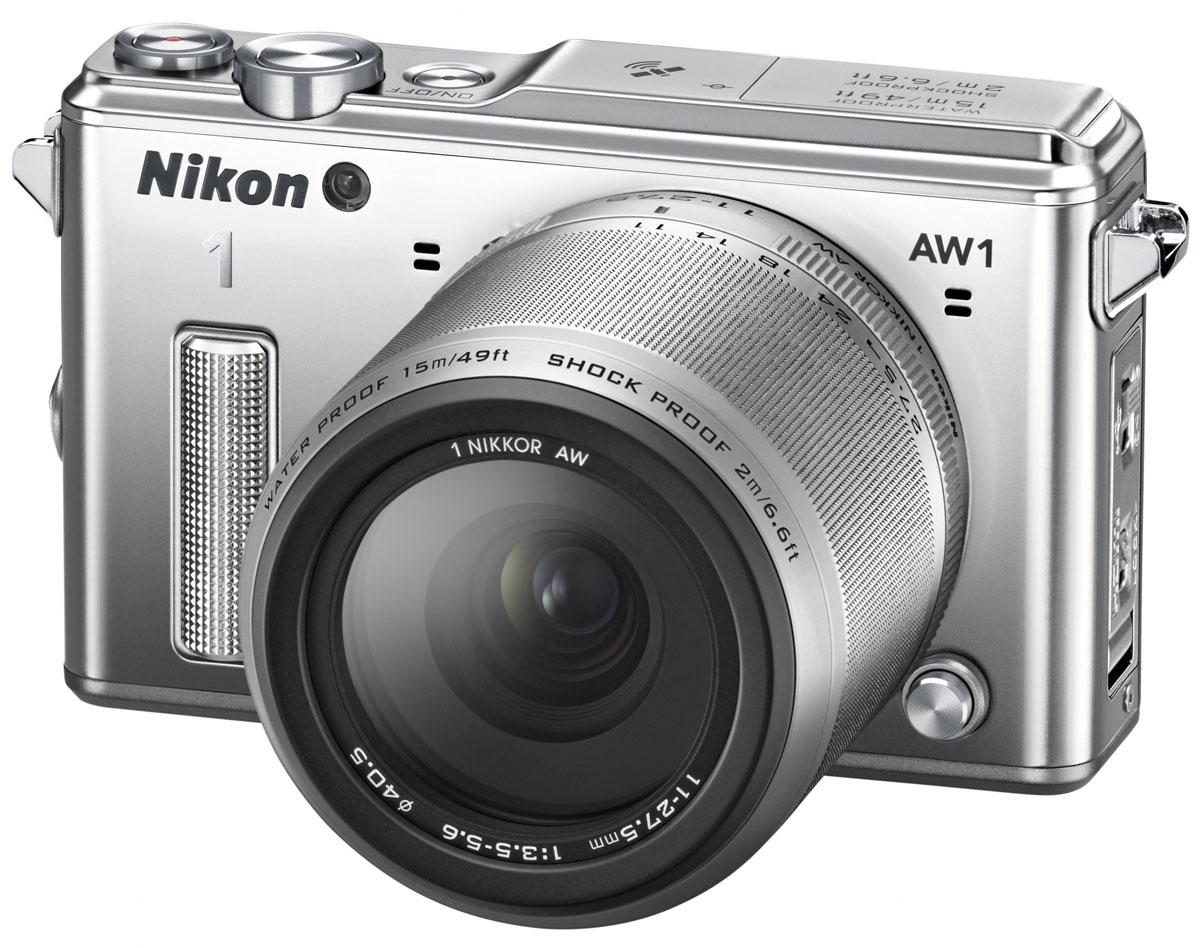 Nikon 1 AW1 Kit 11–27.5, Silver цифровая фотокамераVVA202K001Водонепроницаемая, ударопрочная, морозостойкая и удивительно быстрая фотокамера Nikon 1 AW1 никогда вас не подведет. Куда бы вы ни отправились - на горнолыжный курорт, в путешествие на яхте или на захватывающее сафари, эта системная фотокамера всегда будет защищена от повреждений и воздействия неблагоприятных погодных условий. Минималистичный дизайн фотокамеры отлично впишется и в роскошную обстановку городских мероприятий. Система EXPEED 3A со сдвоенным процессором нового поколения от компании Nikon обрабатывает данные с невероятной скоростью, благодаря чему достигается невероятная производительность в любой ситуации. Система легко справляется со многими задачами фотокамеры, требующими интенсивной работы процессора, например высокоскоростной непрерывной съемкой или одновременной записью фотографий и видеороликов. С помощью функции Съемка лучшего момента вы всегда сможете получить лучший снимок. В режиме Замедленный просмотр фотокамера снимает до...