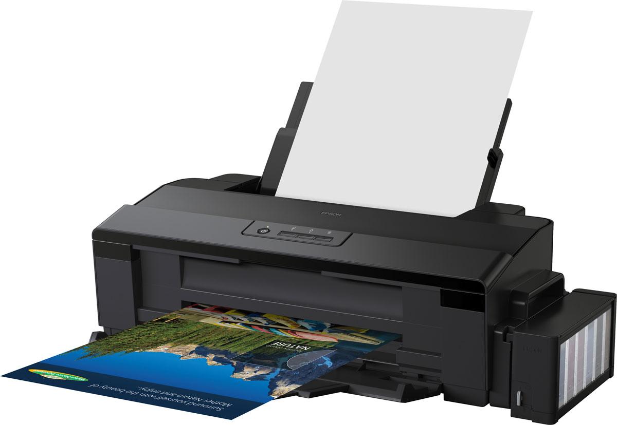 Epson L1800 фотопринтер формата А3C11CD82402Фотопринтер А3+ формата с рекордно низкой себестоимостью печати.Фабрика печати Epson L1800 - Это уникальный фотопринтер формата А3+ со встроенными большими емкостями для чернил, специально созданный для тех, кому необходима экономичная печать фотографий до формата А3+.Струйный фотопринтер Epson L1800 позволяет печатать цветные фотографии высокого качества с рекордно низкой себестоимостью - всего 1,5 рубля за снимок формата 10х15 (без учета стоимости фотобумаги). А стартового набора расходных материалов хватит на 1500 фотографий.Принтер Epson L1800 демонстрирует превосходное качество изображения, высокую скорость печати и длительный срок службы фотографий. Это идеальный принтер как для домашнего использования, так и для небольших офисов, где необходимо предоставлять клиентам профессионально оформленные рекламные материалы, фотографии и дизайнерские работы.Высокий ресурс расходных материаловРасходными материалами к Epson L1800 служат контейнеры с чернилами высоким ресурсом. Так шести контейнеров с голубыми, пурпурными, желтыми, светло-голубыми, светло-пурпурными и черными чернилами хватит на печать 1500 цветных фотографий формата 10х15.Непревзойденное качество и скорость печатиФотопринтер Epson L1800 подойдет тем, кто много фотографирует и хочет печатать свои фотографии большого формата дома. Дизайнеры и художники могут быстро получать качественные отпечатки макетов и презентаций. Предлагая шестицветную систему печати водорастворимыми чернилами с разрешением печати до 5760х1440 точек на дюйм, принтер прекрасно справляется с передачей даже самых сложных оттенков и цветовых переходов.Благодаря технологии печати каплями переменного размера с минимальным размером чернильной капли 1,5 пиколитра Epson L1800 способен печатать превосходные фотографии, сохраняя высокую скорость.Струйная печать без картриджейОсобенность всех устройств Фабрики печати Epson - это печать без картриджей. Таким образом конструкция Epson L1800 предусматрива