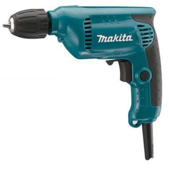 Дрель безударная Makita 64136413Дрель Makita 6413 - небольшая, легкая и удобная в работе дрель с регулируемым скоростным режимом и быстрозажимным патроном для удобной смены насадок. Данная модель предназначена для сверления в дереве, металле, пластике, и отлично подходит для выполнения работ одной рукой. Дрель Makita 6413 предназначена для сверления отверстий, а с соответствующей оснасткой - для работы с крепежными элементами. Инструмент оснащен двигателем мощностью 450 Вт. Количество оборотов регулируется электроникой. Курковый выключатель оснащен функцией акселератора - чем сильнее нажим, тем выше число оборотов. Дрель имеет функцию реверса и оборудована удобным переключателем для изменения направления вращения. Быстрозажимной патрон дрели Makita 6413 устраняет необходимость использования специального инструмента для установки и замены рабочих насадок, а эргономичная прорезиненная рукоятка обеспечивает более комфортную работу. Конструкция с шариковыми подшипниками и линейный дизайн дрели...