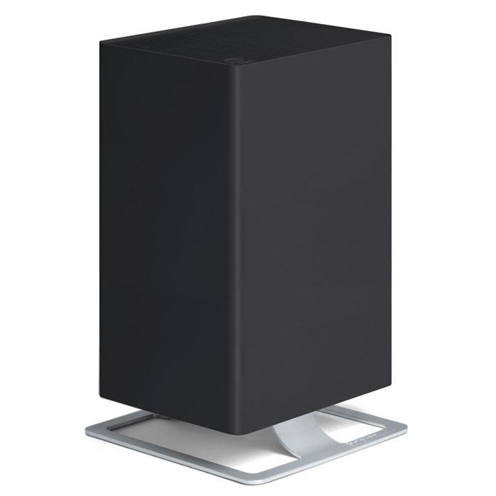 Stadler Form Viktor V-002, Black очиститель воздухаV-002Воздухоочиститель нового поколения Stadler Form Viktor оптимально сочетает технологическое совершенство и фирменный узнаваемый дизайн. Прибор оборудован многоступенчатой системой фильтрации воздуха, которая гарантирует высокую степень очистки воздуха при любых загрязнениях. Особая запатентованная система фильтрации HPP очищает воздух от вирусов и бактерий, удаляет мельчайшую пыль, аллергены органического происхождения - пыльцу растений, споры плесени и т.п., что позволяет рекомендовать прибор для людей, страдающих от аллергии. Дополнительные фильтры - угольный и префильтр удаляют крупные частицы пыли, адсорбируют неприятные запахи и табачный дым. Наличие пятиступенчатой регулировки скорости воздушного потока расширяет круг возможностей воздухоочистителя и позволяет эффективно использовать его как в небольших помещениях, так и в гостиных площадью до 50 м2, а также регулировать интенсивность очистки, в зависимости от степени загрязнения воздуха. Наличие таймера обеспечивает...