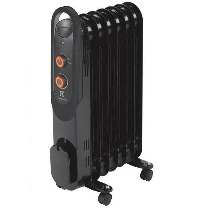 Electrolux 4157M/EOH масляный обогревательEOH/M-4157Electrolux EOH/M-4157 - современная модель масляного радиатора, отличающаяся максимальной безопасностью, высокой надежностью и экологичностью, а также компактными размерами. В качестве наполнителя радиатор использует экологичное масло HD-300, проходящее многоступенчатую систему очистки. Оснащен защитой от опрокидывания. Electrolux EOH/M-4157 имеет простое эргономичное управление, место для хранения шнура питания, а также оснащен ручкой для удобства передвижения. Масляный радиатор Electrolux EOH/M-4157 может работать в трёх режимах обогрева на выбор: Мощность обогрева 600 Вт, мощность обогрева 900 Вт, мощность обогрева 1500 Вт.