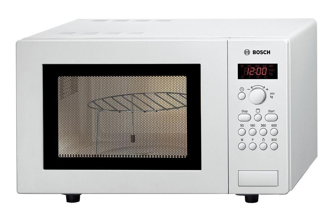 Bosch HMT 75G421 микроволновая печьHMT 75G421Микроволновая печь может работать в шести режимах мощности, подобрать тот, который лучше всего подойдет для конкретной работы, будет еще легче и проще. Механическое управление отличается простотой и надежностью, что наверняка оценят многие пользователи.