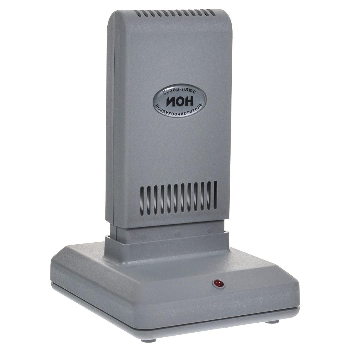 Супер Плюс Ион очиститель-ионизатор воздуха1921Работа прибора Супер Плюс Ион основана на принципе ионного ветра, который возникает в результате коронного разряда и обеспечивает движение потока воздуха через кассету прибора, при этом насыщаются ионами частицы аэрозоля (пыль, дым, микроорганизмы), загрязняющие воздух, всасываются вместе с воздухом в кассету, приобретая электрический заряд и под действием электростатического поля прилипают к осадительным пластинам, расположенным внутри кассеты. Одновременно происходит дополнительная наружная очистка воздуха. Аэрозольные, то есть взвешенные в воздухе, не прошедшие через очистную камеру частицы, взаимодействуют с отрицательными ионами и приобретают отрицательный заряд. Эти частицы притягиваются положительно заряженными поверхностями (это может быть пол, стены, экран телевизора). В результате происходит дополнительная очистка воздуха, а влажную уборку поверхностей рекомендуется проводить чаще. Размер улавливаемых частиц в пределах: 0,3-100 мкм ...