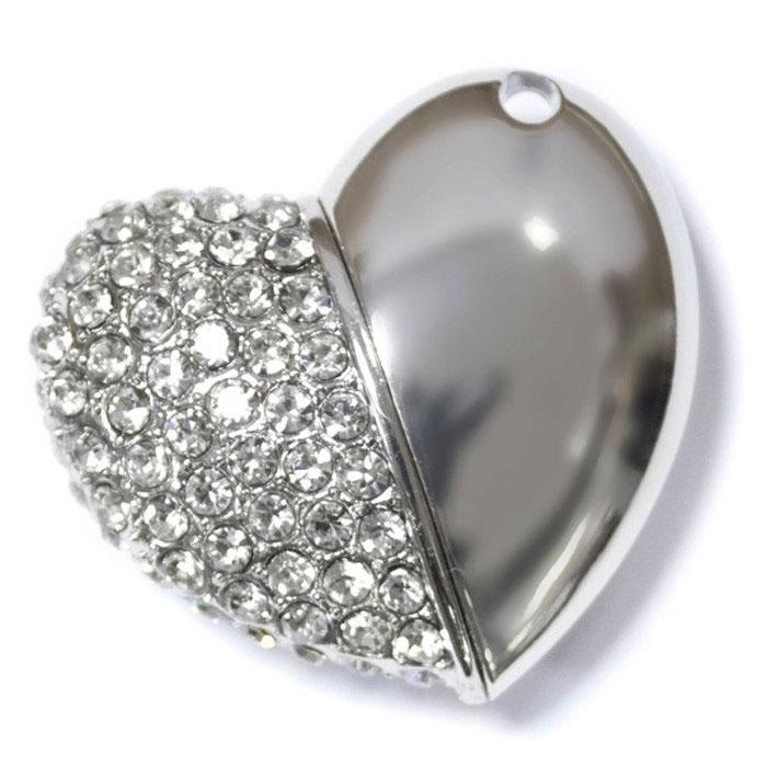 Iconik Сердце Swarovski Crystal 32GB, Silver USB-накопительMTFC-HEART-32GBФлеш-накопитель Iconik Сердце Swarovski Crystal имеет весьма нестандартный дизайн. Накопитель имеет стальной корпус, с использованием всемирно известных хрустальных страз Swarovski. Высокая пропускная способность и поддержка различных операционных систем делают его незаменимым. Iconik Сердце Swarovski Crystal - отличный выбор современного творческого человека, который любит яркие и нестандартные вещи.