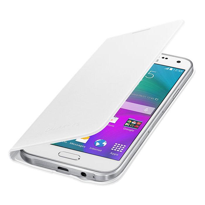 Samsung EF-WE500B Flip Wallet чехол для Galaxy E5, WhiteEF-WE500BWEGRUSamsung EF-WE500B Flip Wallet - стильный и удобный чехол для смартфона Samsung Galaxy E5. Чехол имеет практичный дизайн. Кнопки и разъёмы устройства всегда будут доступны, благодаря прорезанным отверстиям.
