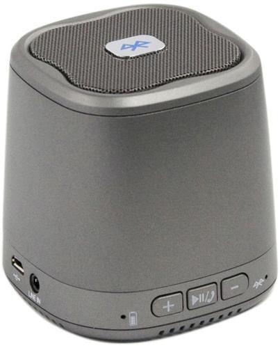 Liberty Project Dogo DG620, Gray беспроводная колонкаSM000607Liberty Project DOGO DG620 - это компактная портативная акустическая система, совместимая с большинством аудио устройств. Небольшие размеры и встроенный аккумулятор дают возможность использовать колонки в мобильном режиме, в любом месте, где нет электричества. Скромные с виду динамики обеспечивают вполне серьезную громкость и с легкостью озвучивают небольшое помещение или место пикника, отдыха. Для подключения можно использовать стандартный аудиоразъем 3.5 мм. Liberty Project DOGO DG620 - прекрасное решение для всех, кто хочет слушать любимую музыку в компании и не зависеть от розетки.