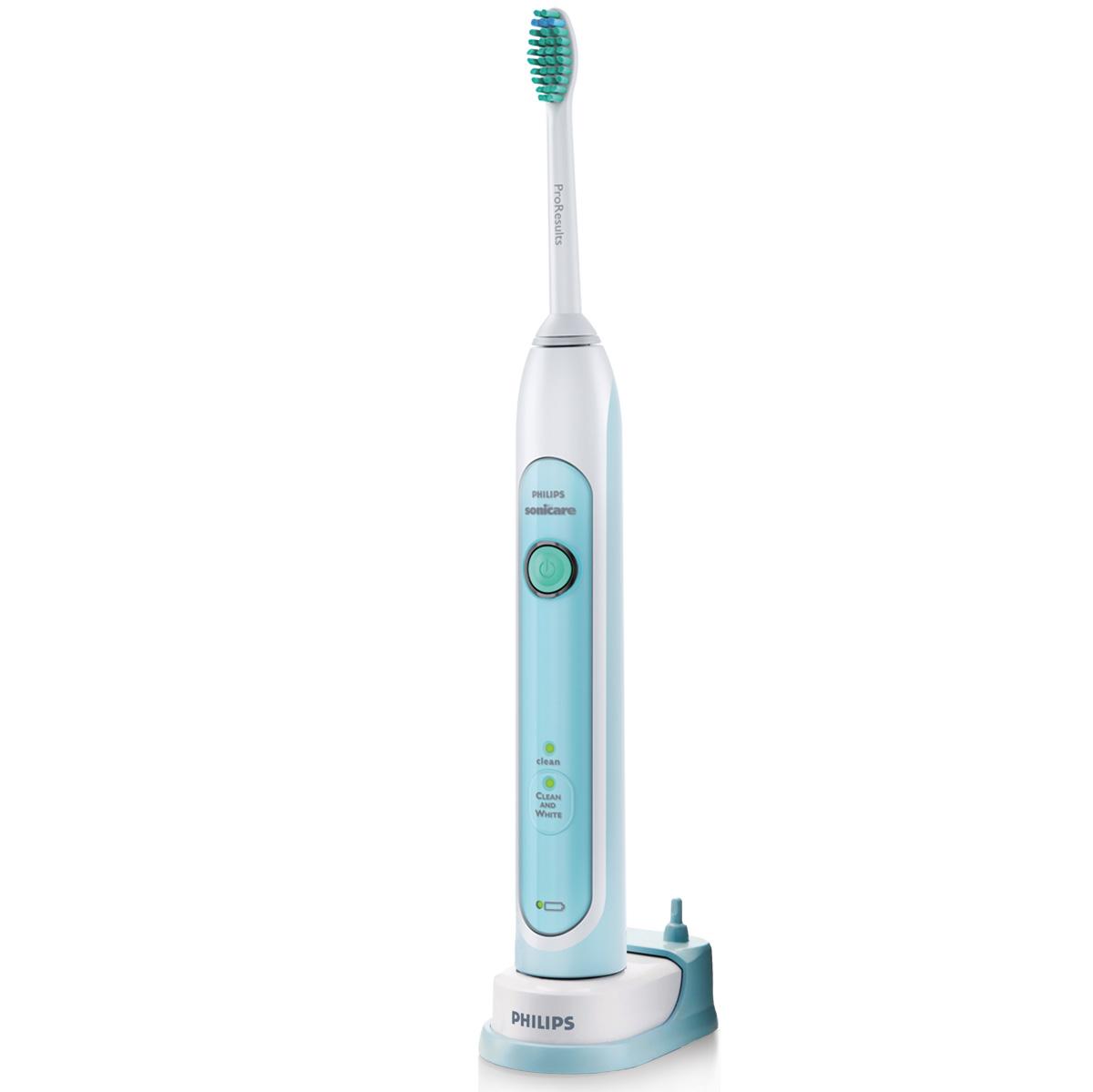 Philips Sonicare HX6711/02 электрическая зубная щеткаHX6711/02Благодаря очистке с помощью динамического потока жидкости, увеличенной амплитуде движения щетинок и прямому контакту с каждым зубом, электрическая зубная щетка Philips FlexCare HX6711 эффективно удаляет зубной налет для естественной белизны зубов. Белоснежная улыбка нравится всем. Пусть Ваши зубы сияют белизной. HealthyWhite удаляет зубной налет всего за две недели регулярного использования режимов чистки и отбеливания. 2 минуты в режиме чистки и 30 секунд в режиме отбеливания для обработки передних зубов. Удаляет зубной налет от кофе, чая, табака и красного вина. Отбеливает зубы на 2 тона за две недели регулярного использования режимов чистки и отбеливания. Чистящие насадки ProResults с более широкой амплитудой работы щетинок и уникальной, располагающейся под углом, шейкой, обеспечивают комфортные ощущения во время чистки и превосходно удаляют налет для естественной белизны зубов. Таймер Обеспечивает естественную белизну зубов ...