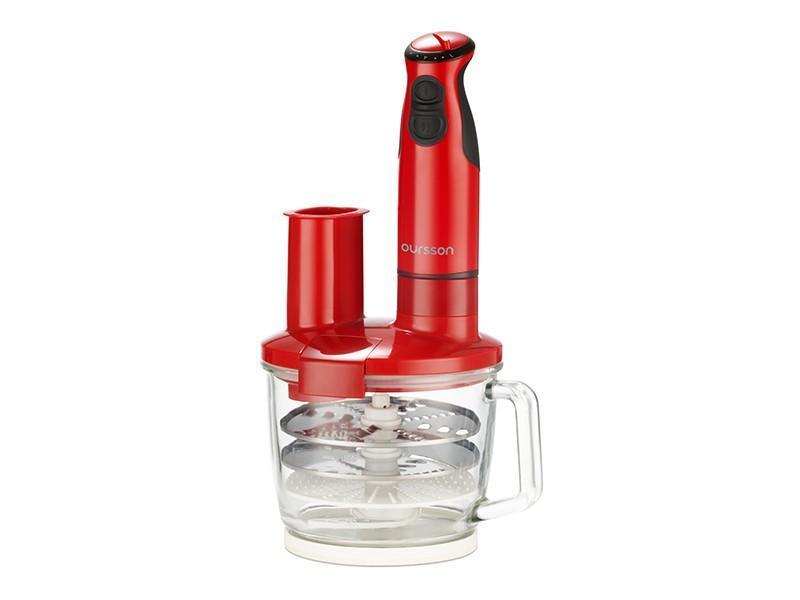 Oursson HB4040, Red погружной блендерHB4040/RDПогружной блендер с многофункциональной стеклянной чашей HB4040 максимально оснащенный различными ножами, терками, дисками-шинковками, сэкономит драгоценное время на приготовление пищи. С помощью насадки для пюрирования легко приготовить пюре или паштет, венчиком взбить белки, крем, тесто для блинов или молочный коктейль, с помощью диска-шинковки нарезать ломтиками сыр, колбасу или овощи. Диски-терки приготовят салат или потрут овощи для супа, а нож-измельчитель превратит мясо или рыбу в фарш, измельчит лук и чеснок, орехи, крупы, кофе, специи, и даже приготовит сахарную пудру. Чаша, идущая в комплекте, выполнена из высококачественного стекла, которое не поцарапается твердыми продуктами или кусочками льда. Ее можно наполнять горячими ингредиентами и жидкостью
