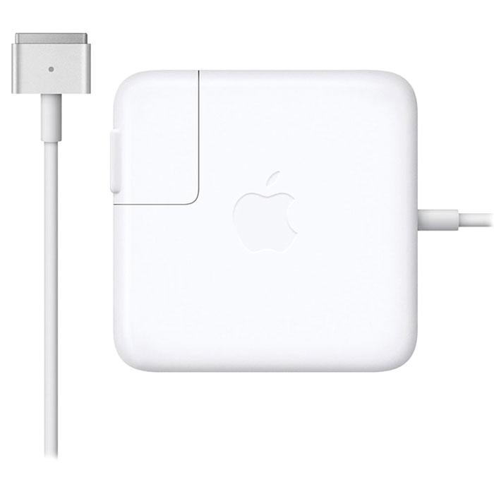 Apple MagSafe 2 адаптер питания 45 Вт для MacBook Air (MD592Z/A)MD592Z/AАдаптер питания Apple MagSafe 2 мощностью 45 Вт оснащён магнитным разъёмом. Если кто-то случайно наступит на кабель, он просто отсоединится, а ваш MacBook Air останется на месте. Это также помогает избежать преждевременного износа кабелей. Кроме того, магнитный разъём обеспечивает быстрое и надёжное подключение к системе. При правильном подключении на разъёме загорается светодиод. Жёлтый цвет означает, что ноутбук заряжается, а зелёный показывает, что он полностью заряжен. Кабель питания, прилагающийся к адаптеру, даёт максимальное пространство для манёвра, а штепсельная вилка для розетки переменного тока (также входит в комплект) позволяет путешествовать налегке. Этот адаптер удобно брать с собой в дорогу: кабель можно намотать на устройство и таким образом сэкономить место. Apple MagSafe 2 заряжает литиевый аккумулятор с полимерным электролитом независимо от того, включена ли система, выключена или находится в режиме сна. Он также обеспечивает...