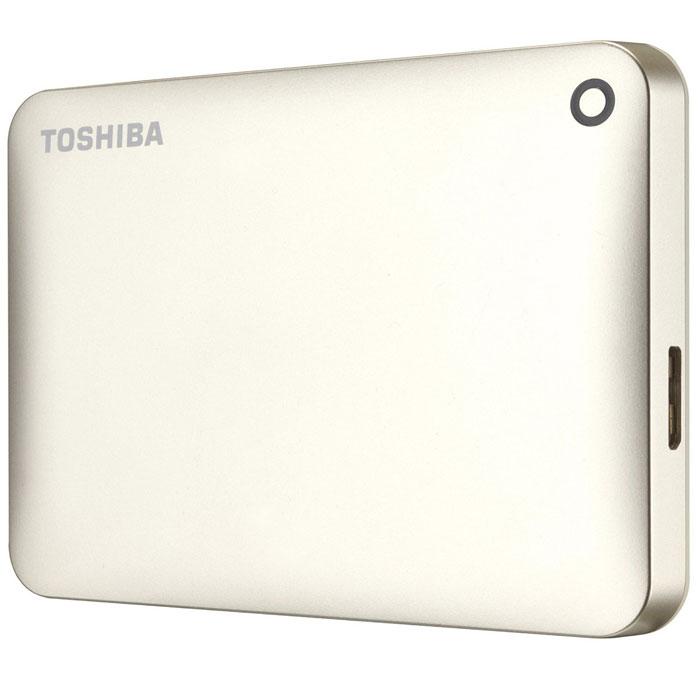 Toshiba Canvio Connect II 2TB, Gold внешний жесткий диск (HDTC820EC3CA)HDTC820EC3CAToshiba Canvio Connect II дает вам возможность быстро передавать файлы с интерфейсом USB 3.0 и хранить до 3 ТБ данных на внешнем жестком диске. Устройство полностью готово для работы с Microsoft Windows и не требует установки программного обеспечения, так что ничего не может быть удобнее для хранения всех ваших любимых файлов. В офисе или в дороге его классический дизайн будет всегда уместен. Более того, Toshiba Canvio Connect II позволяет подключаться также и к оборудованию с совместимостью USB 2.0. Этот внешний накопитель обеспечивает доступ к вашим файлам практически из любого места и с любого устройства. Toshiba Canvio Connect II может легко превратить ваш компьютер в облачный сервер благодаря предустановленному ПО для удаленного доступа (накопитель должен быть подключен к компьютеру и Wi-Fi). Помимо удаленного доступа это устройство предоставляет своему владельцу 10 ГБ дополнительного места в облачном сервисе. Программное обеспечение NTI Backup Now EZ обеспечивает...