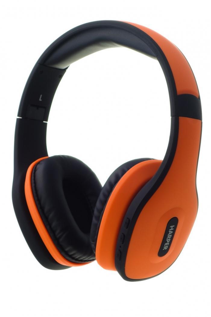 Harper HB-401, Orange беспроводные наушникиHB-401 OrangeВеликолепный стильный дизайн Harper HB-401 не только прекрасно выглядит, но и, благодаря использованию качественных материалов, очень надежен и прочен. Приятные мягкие амбушюры и оголовье не сильно давят на уши и обеспечивают отличный уровень комфорта. Наушники Harper HB-401 снабжены высококачественными динамиками, которые прекрасно справляются с воспроизведением музыки даже в очень высоком качестве. Bluetooth версии 4.0 обеспечивает прекрасное качество соединения и скорость передачи данных, что позволяет добиться великолепного качества звука.