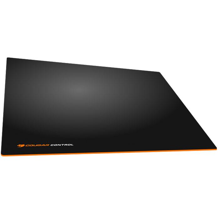 Cougar Control S, Black Orange коврик для мышиCUCOSИгровые ковры Cougar Control имеют текстурную поверхность для максимальной точности. Ярко-оранжевая основа Cougar Control вызовет жгучую зависть у друзей и знакомых.Нескользящая ярко-оранжевая резиновая основа с волнообразной фактурой гарантирует высокоточную работу сенсора, позволяя обойтись без лишних рывков.Идеальная толщина в 4 мм для наилучшего комфорта кисти руки.Водонепроницаемая текстурная 3D поверхность обеспечивает максимально точное сцепление с мышью.