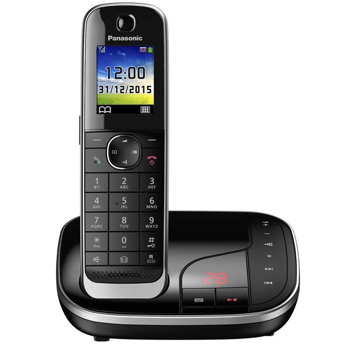 Panasonic KX-TGJ320RUB DECT-телефонKX-TGJ320RUBPanasonic KX-TGJ320RUB - цифровой беспроводной телефон c автоответчиком и одной трубкой. Серебристая рамка и глянцевая поверхность корпуса придают устройству роскошный вид. Увеличенная емкость батареи обеспечивает максимальную продолжительность работы в режиме разговора в течение 15 часов, поэтому вы сможете говорить дольше. Кроме того, в режиме ожидания трубка может находиться вне базы без подзарядки в течение 10 дней. В случае отключения электричества питание базового блока осуществляется от аккумулятора трубки. Отсутствие электричества не сможет помешать вам сделать важные звонки. Вы можете заблокировать любой выбранный номер, а также любые последовательности чисел (от 2 до 8 цифр), совпадающие с номерами, внесенными в черный список. Канал связи между беспроводной трубкой и базовым блоком зашифрован, а ключ шифрования периодически меняется для поддержания высокого уровня безопасности. Беспроводная трубка передает информацию...