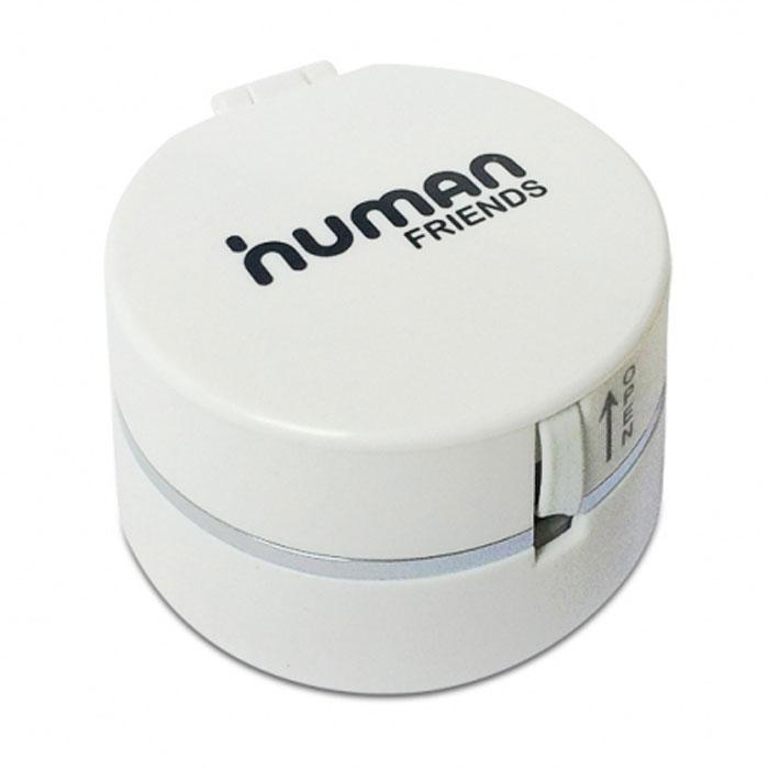 Human Friends Trunk, White кабельTrunk WhiteHuman Friends Trunk - устройство для зарядки и передачи данных. Три типа коннекторов: micro USB, Apple 30 pin и Apple 8 pin Lightning делают его подходящим для подавляющего большинства мобильных девайсов. Главной особенностью Trunk является инновационный подход к организации проводов. В небольшой цилиндрической коробочке находится инерционная катушка-скрутка, благодаря которой можно отрегулировать длину кабеля. Сами провода легко убираются в корпус, не болтаются, не путаются и не цепляются. Компактный контейнер не займет много места в сумке для ноутбука, в дорожной или дамской сумке, но и не потеряется среди других полезных мелочей.
