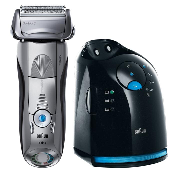 Braun 799cc-7 Wet&Dry, Black электробритва81546449Braun 799cc-7 Wet&Dry является самой технологически усовершенствованной бритвой от Braun. Её революционная технология Sonic автоматически адаптирует её мощность к густоте щетины на Вашем лице и посылает 10 000 микровибраций с каждым прикосновением - для более тщательного и комфортного бритья. Кроме того, Серия 7 сочетает в себе безупречное немецкое исполнение и всемирно известный дизайн. ActiveLift - единственный в мире запатентованный триммер, совершающий 130 движений в секунду, который приподнимает и срезает прилегающие к коже волоски. Наши многолетние исследования показали, что больше всего мужчинам необходимо тщательное чистое бритьё – даже в труднодоступных местах, таких как шея, где волоски чаще всего близко прилегают к коже. Благодаря своей ассиметричной форме триммер специально создан для того, чтобы захватывать непослушные волоски на любом проблемном участке. OptiFoil является самой продвинутой бреющей сеткой от Braun. Её уникальная...