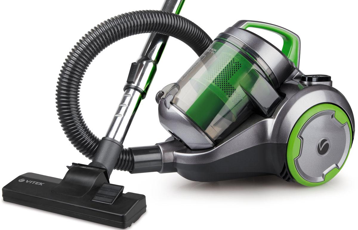 Vitek VT-1894 G пылесосVT-1894(G)Поддерживать чистоту в доме вам поможет пылесос без мешка для сбора пыли Vitek VT-1894 G. Данная надежная техника отличается высокой мощностью всасывания, герметичностью резервуара для пыли и несколькими системами фильтрации для более качественной уборки. Пылесос без мешка для сбора пыли бренда Vitek обладает рядом преимуществ: Во-первых, он прост в использовании. Быстрое включение и выключение, изменение мощности всасывания, автоматическое сматывание шнура и многое другое значительно упрощает процесс эксплуатации устройства. Одновременно с этим емкость для сбора пыли легко извлекается. Для ее очистки необходимо лишь высыпать пыль в мусорное ведро и сполоснуть контейнер под проточной водой. Во-вторых, пылесос без мешка для сбора пыли Vitek дополняется рядом необходимых насадок для удаления пыли, грязи и мусора на разных поверхностях и в любых труднодоступных местах. В-третьих, оснащается системой Cyclonic, которая способствует прессованию...