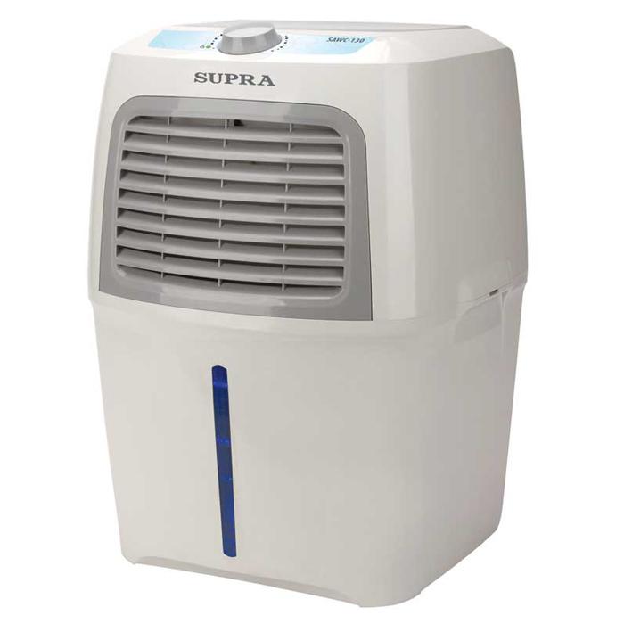 Supra SAWC-130 очиститель воздухаSAWC-130Очиститель воздуха Supra SAWC-130 предназначен для увлажнения, а также очистки воздуха. Трёхступенчатая система очистки позволяет удалить из воздуха пыль, аэрозольные частицы, шерсть, аллергены, табачный дым, а также посторонние запахи. Прибор успешно уничтожает вирусы и бактерии. Модель имеет вместительный резервуар для воды (8 л), благодаря которому процесс увлажнения может продолжаться на протяжение 35 часов. Для работы устройства необходимо только электричество и вода.