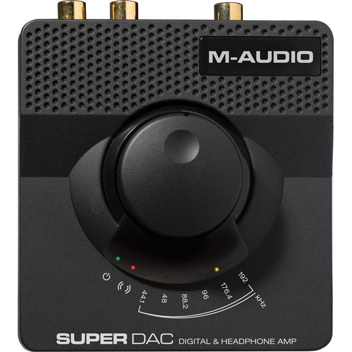 M-Audio Super DAC, Black внешний ЦАПSUPERDACIIM-Audio Super DAC - компактный внешний ЦАП, предназначенный для использования с компьютерами на платформе Windows или Mac. Данная модель оснащена чипом Wolfson WM8740 и может принимать PCM-сигнал в разрешении до 192 кГц/24 бит через порт USB 2.0. Кроме того, устройство имеет высококачественный встроенный усилитель для наушников с выходами на разъёмах типа миниджек и джек. При этом к первому можно подключать наушники с сопротивлением 16 - 100 Ом, а ко второму – с импедансом 100 - 600 Ом. Помимо USB-интерфейса M-Audio Super DAC получилл линейный стереовход для подключения к аналоговым источникам звука. Также в наличии имеется линейный выход типа 2 ? RCA, коаксиальный и оптический цифровые выходы. Цифро-аналоговый преобразователь получает питание по шине USB или же через опциональный (не входит в комплект) адаптер переменного тока.