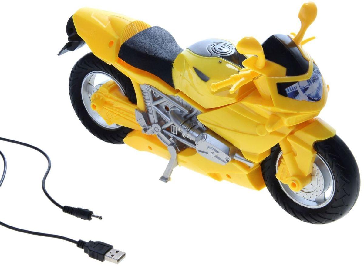 Светильник детский Мотоцикл желтый838849Детям веселей, когда их окружают яркие вещицы. Поэтому стоит продумать даже то, как будет выглядеть дополнительный источник света в комнате вашего малыша. Чаще всего подобные светильники ставят на прикроватную тумбочку или письменный стол, чтобы в комнате не оставалось неосвещённого пространства. Чтобы не оставлять своего маленького шалуна в полной темноте, просто «зажгите» светильник детский белый, с ним будет спокойней и вам и ребёнку. *Размещайте провода и другие, не предназначенные для детских ручек детали, таким образом, чтобы ваш шалун до них не дотянулся.