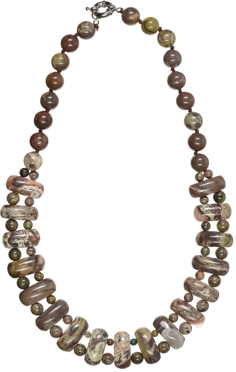 Бусы Art-Silver, цвет: коричневый, темно-зеленый. СМЦ57-9-956Колье (короткие одноярусные бусы)Стильные бусы Art-Silver из натурального агата не оставят равнодушной ни одну любительницу изысканных и необычных украшений. Бусы представляют собой нить из круглых и плоских бусин прямоугольной формы коричневых и темно-зеленых оттенков и снабжены надежным шпренгельным замком. Такие бусы позволят вам с легкостью воплотить самую смелую фантазию и создать собственный неповторимый образ.