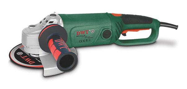 Шлифмашина угловая DWT WS22-230 DWS22-230 DУглошлифовальные машины DWT – современные, легкие в обращении и безопасные электроинструменты, позволяющие выполнять различные виды работ. При использовании специальных аксессуаров и приспособлений возможно выполнение резки, шлифовки, полировки, обработки щетками, работы в стационарном режиме и др. Эта модель имеет мощный двигатель, прочную конструкцию, плавный пуск, обеспечивающий плавное включение электроинструмента, а также поворотную рукоятку, которая может быть повернута в положение наиболее удобное для работы.